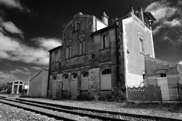 gare-bâtiments