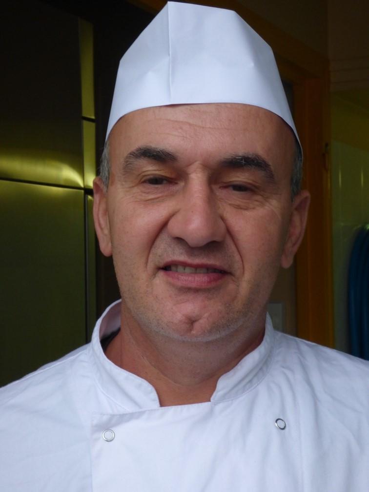 Le personnel for Emploi cuisinier scolaire