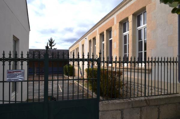 Ecole 1